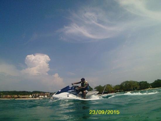 Tours in Rosario islands: Recomendo o aluguel do Jet ski