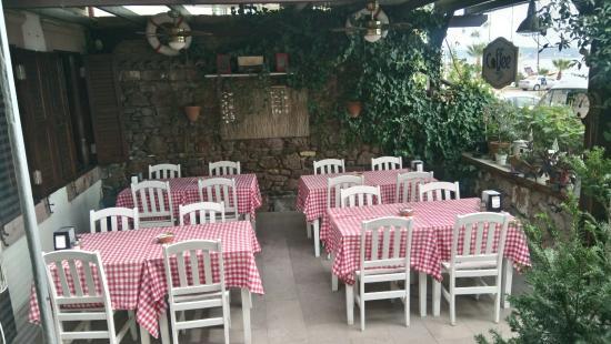 Madya Restaurant