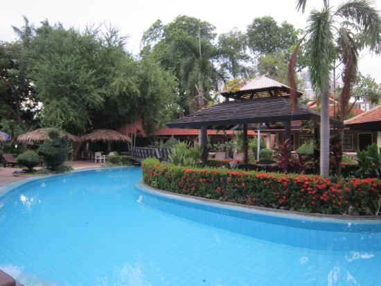 East Sea Resort Hotel: бас5