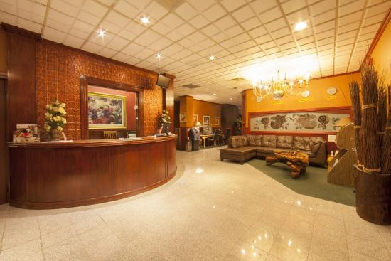 Sutton Park Inn: Main Lobby