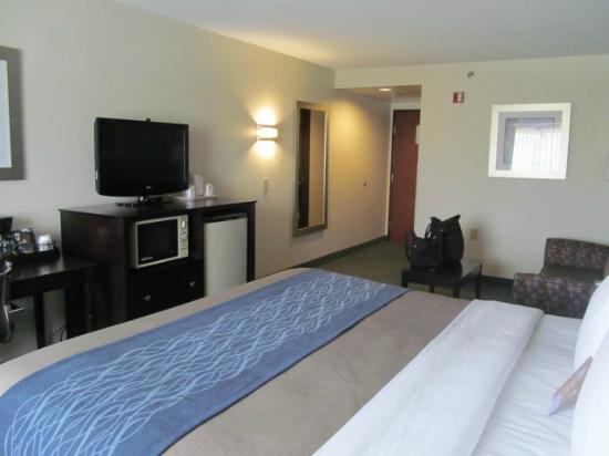 Comfort Inn Mount Airy : Room