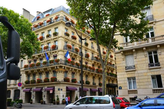 Hotel baltimore picture of hotel baltimore paris champs for Hotel baltimore paris