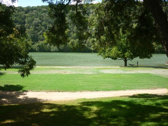 Lake Austin Spa Resort: The Grounds