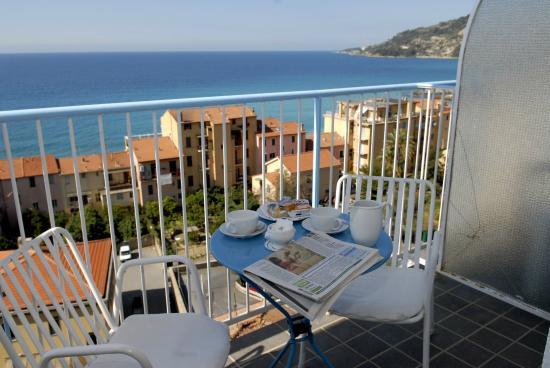 Hotel Petit Royal Ospedaletti Italie