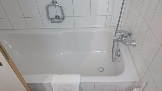 Hotel Baslertor: Bath