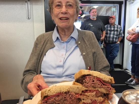 ocean city jewish personals Rosenfeld's jewish deli -ocean city, md | ocean city and berlin md, other area reviews, reviews, by the rehoboth foodie maryland fressers of a certain age might remember hofberg 's delicatessen in silver spring, md.