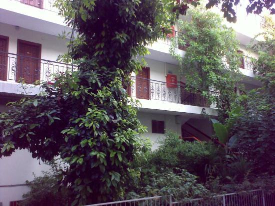 Merhaba Hotel: Вид на корпус С с территории отеля