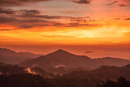 Minca, Colombia: Take great photos at sunset. Get the best view.