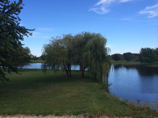 Peru, IL: Baker Lake Park