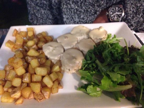 Le Cosi : Souris d'agneau poulet au broccio tiramisu Nutella tarte citron meringuée