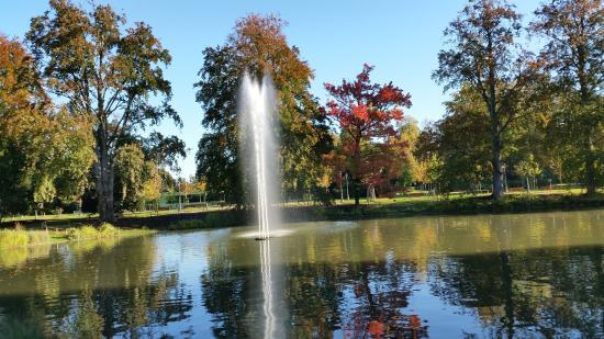 Plan d 39 eau picture of parc de l 39 orangerie strasbourg for Parc des expo strasbourg