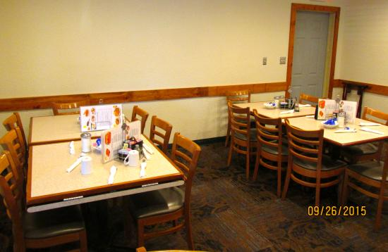 Chippewa family Restaurant: Interior