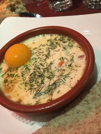 Le Cotton Pub: Entrée au saumon et aux œufs brouillés