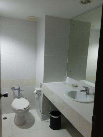 Patong Resort: Bathroom