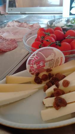 Hotel Cala Luna: Best cheese!!!
