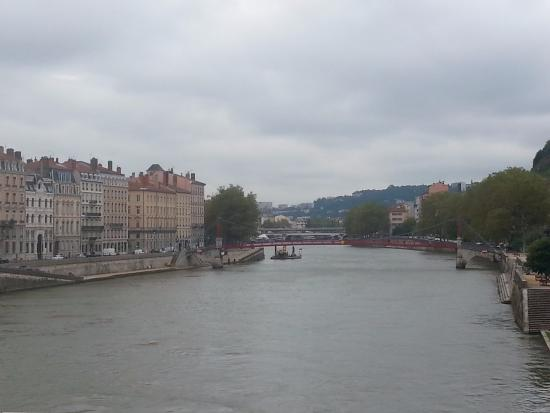 vista del rio picture of lyon location villeurbanne tripadvisor. Black Bedroom Furniture Sets. Home Design Ideas