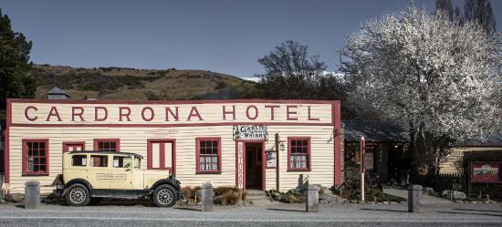 Cardrona Hotel in Spring