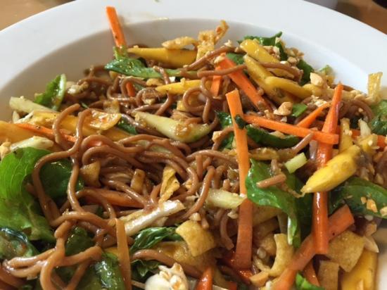Naranja, FL: Spicy Thai Noodle Salad