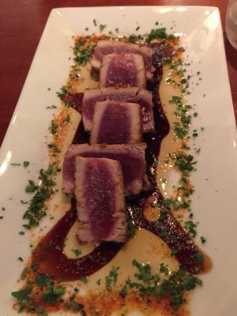 Rare Earth Wine Bar : Ahi tuna appetizer