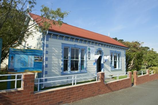 Te Aroha, New Zealand: Our Visitor Centre is situated in the Historic Hot Springs Domain
