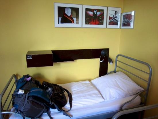 The Circus Hostel: My bed in a 3 bed dorm room
