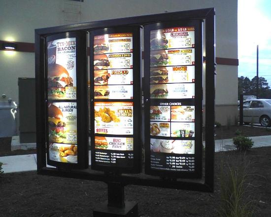 isn t hardees good review of hardees restaurant pigeon forge tn