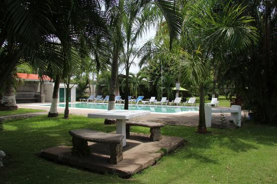 Villas palmas del mar villa reviews price comparison for Jardin villa austral punta arenas