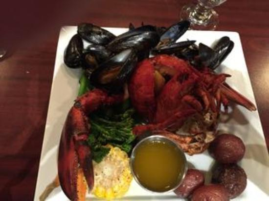 McCurdy's Dining Room: Lobster dinner