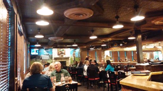 Saltgrass Steak House: Social gathering