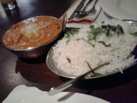 AAJ India Cafe & Restaurant: Madras Curry and Rice.