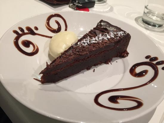 Elaia: flourless chocolate cake
