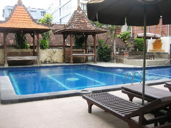 Suriwathi Beach Hotel: one of the pools