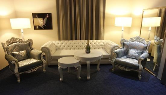 Broumana Hotel & Spa: Swarovski Suite