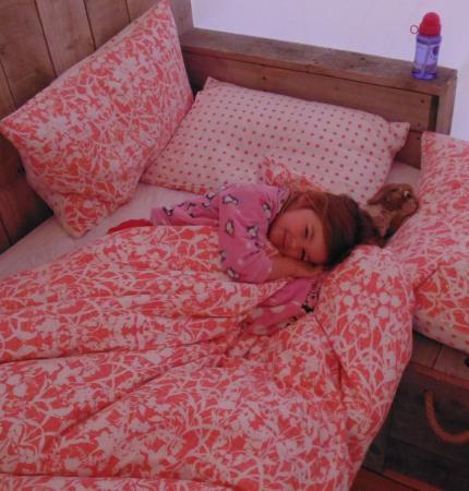 Snug as a bug in a rug! - Photo de