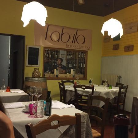 La Vecchia Hosteria: Mein Mann war aus der kleinen Enoteca mit ausgesuchten, hervorragenden Weinen gar nicht mehr her