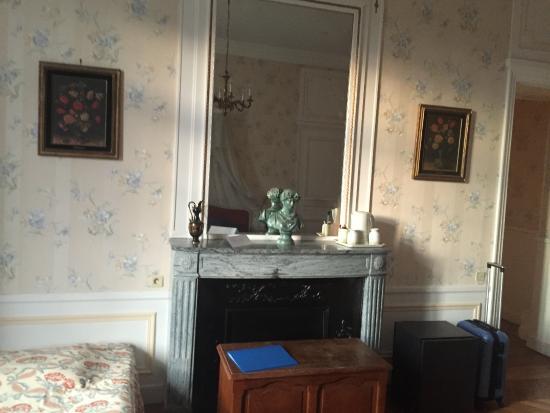 Chateau le Corvier : chambre