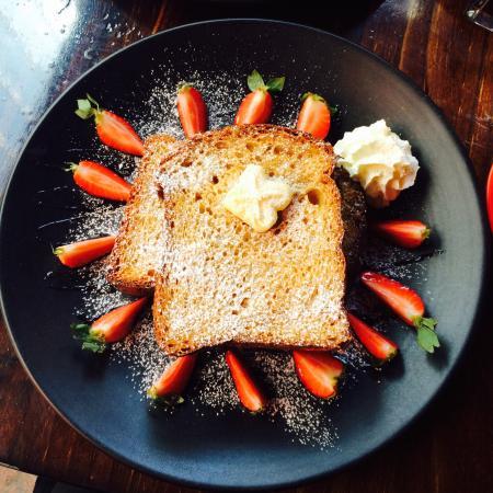 Vons Restaurant & Bar: photo0.jpg