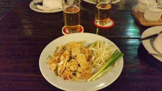 zone restaurant and pub bangkok restaurant reviews phone number photos tripadvisor