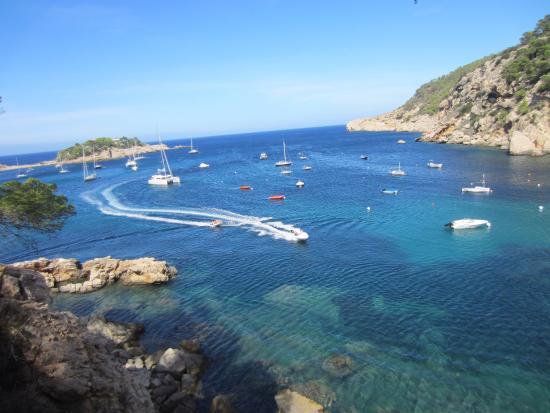 Spiaggia del Porto di San Miguel - Picture of Playa Puerto de San Miguel, Por...