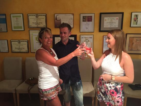 Open Guide Group: Dean, his Mum and sister at Albet i Noia