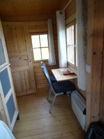 L Espace Bureau Et Rangement Picture Of Guesthouse Hof