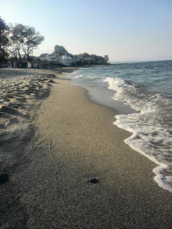 Cronwell Platamon Resort: Sehr sauberer Strand