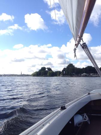 Hamburg City Sailing