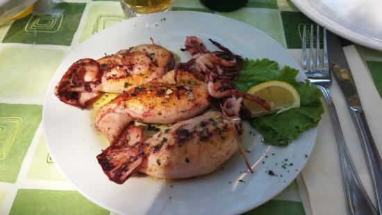 Povljana, Chorwacja: Stuffed calamari