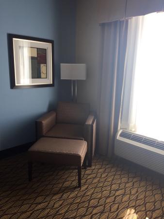 Holiday Inn Express & Suites Atascocita Photo