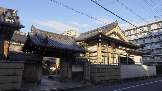Kakuzen-ji Temple