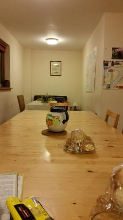 Lochaber, UK: bunkhouse dinning room