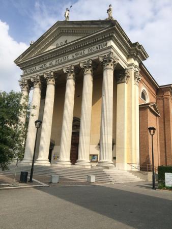 Parrocchia di Santa Maria del Rovere