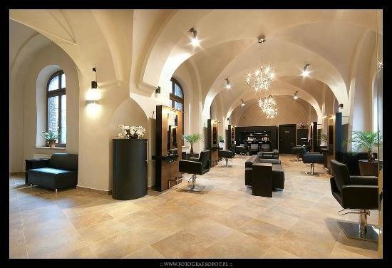 Jacques Andre Hair & SPA