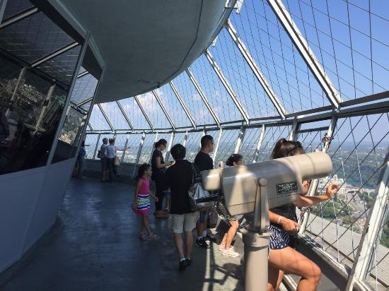 skylon tower observation deck - picture of skylon tower revolving